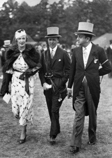 Maharajah Vijayasinhji of Rajpipla (1890 - 1951, right) with friends at Epsom Downs Racecourse, Surrey, circa 1935. The Maharajah's horse, Windsor Lad, won the Derby in 1934. (Photo by Rajpipla/Atherton Archives/Getty Images)